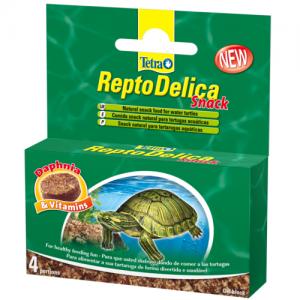 מזון חטיפים לצבי מים המכיל סרטני דפניה